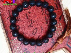Vòng đeo tay đá núi lửa (Obisidan