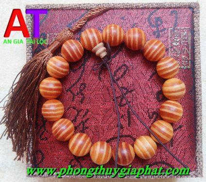 Vòng đeo tay gỗ huyết long sọc