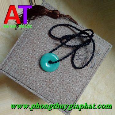 Mặt dây chuyền đồng điếu cẩm thạch xanh