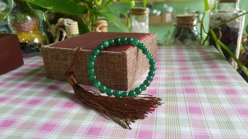 Vòng đeo tay thạch anh dâu tây xanh
